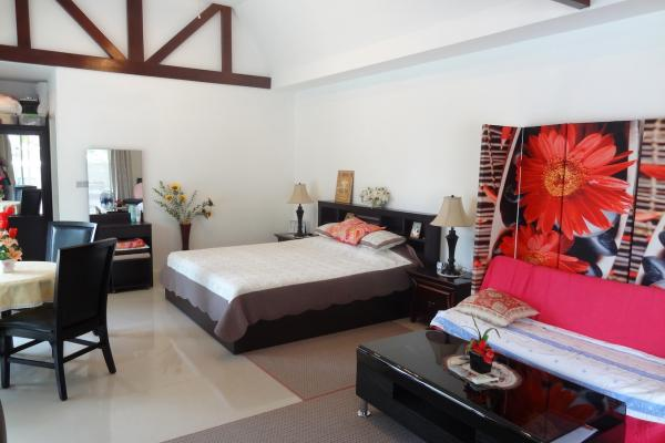 Luxury Homes for Sale and Rent in Pong, Pattaya Thailand